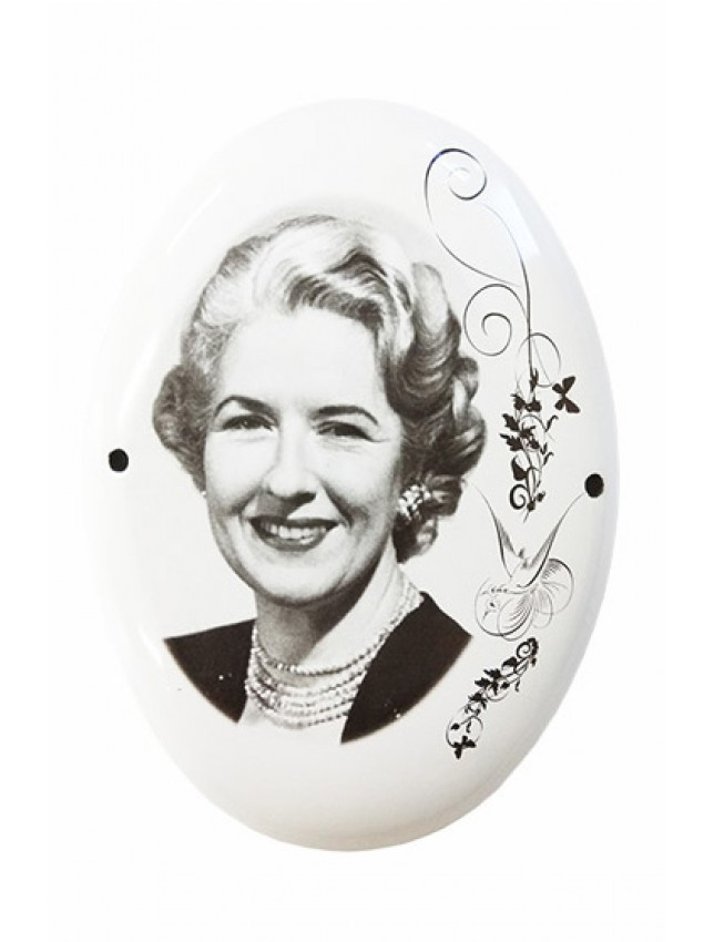 Черно-белый портрет на металло-эмали, овал